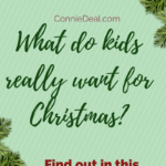 The best gift guide for #toddlers and children of all ages. Includes a FREE #printable and gift ideas for moms, dads, and families. #holidays2017 #toddlergifts