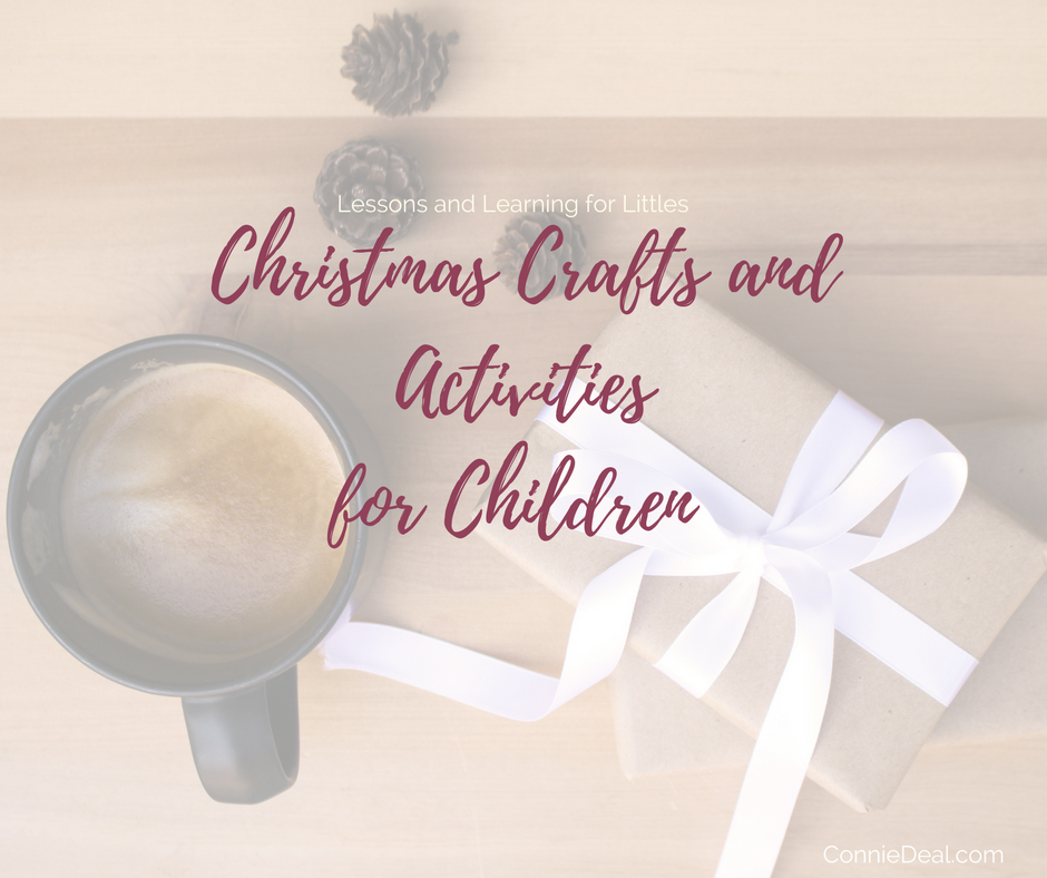 Christmas crafts and activities don't have to be complicated to be fun! Click through to see easy crafts and gifts you can make with your toddler or preschooler! #Christmascrafts #toddlerChristmas #holidays2017